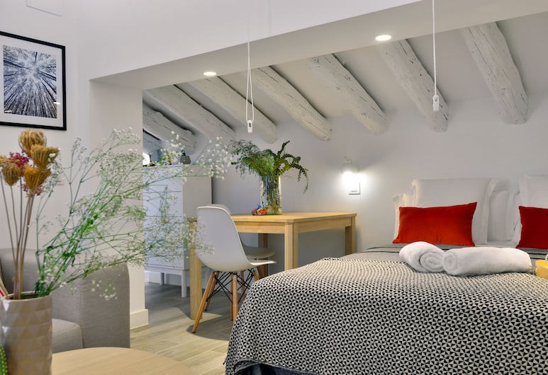 Aspasios Gran Vía Apartments, Madrid, Estudio, Habitación
