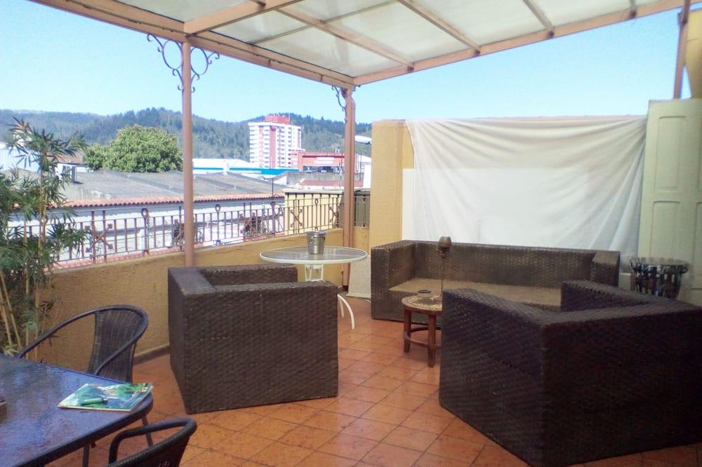標準四人房, 多張床, 露台, 山景 - 客房