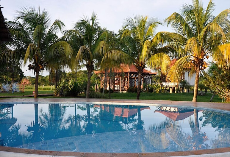 Hotel Spa Santa Maria la Antigua, Santa Cruz, Outdoor Pool