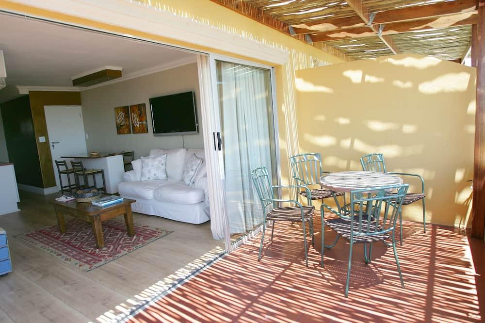 Deluxe Sea Facing Suite with Air Con - Balcony