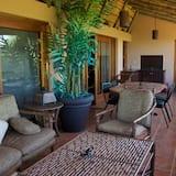 Comfort House, 2 Bedrooms (Babson House Villa) - Terrace/Patio