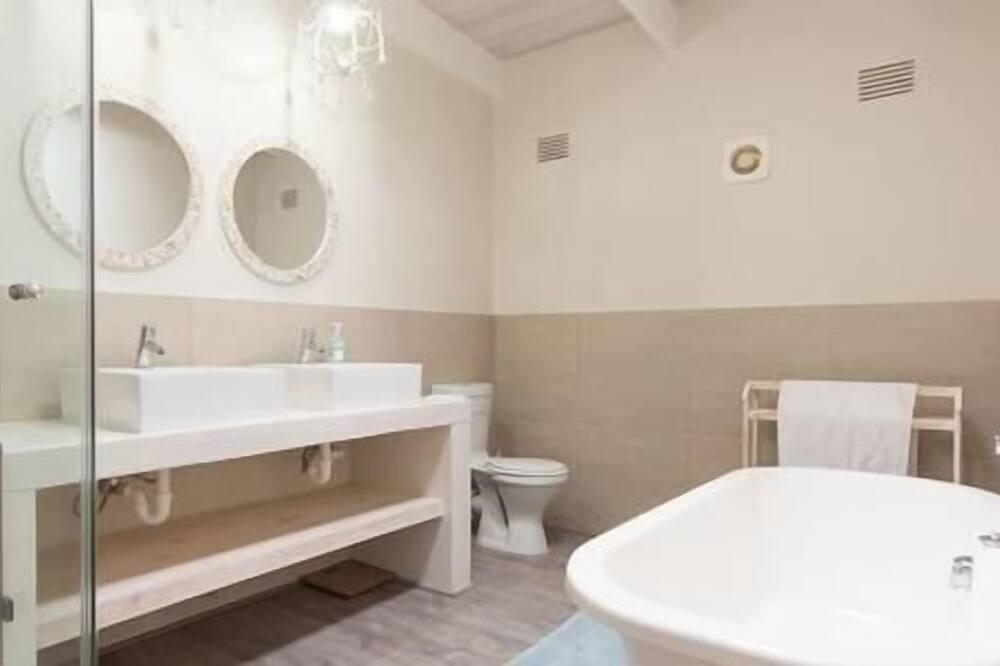 Nhà Cao cấp, 4 phòng ngủ (Portside House) - Phòng tắm