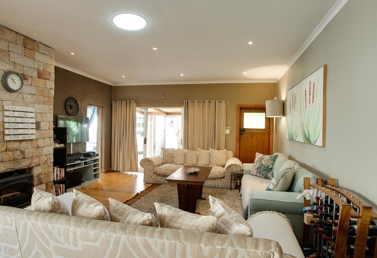 Strand Guesthouse - Hostel, Cape Town, Comfort House, Living Room