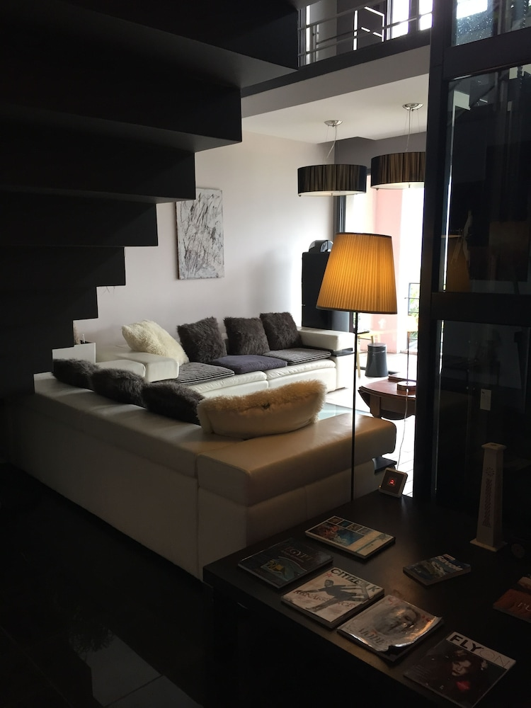 Book Les suites du lac in Aix-les-Bains   Hotels.com