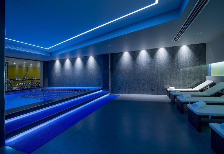 葉綠凡梅西爾 53 酒店, 埃里溫, 室內泳池