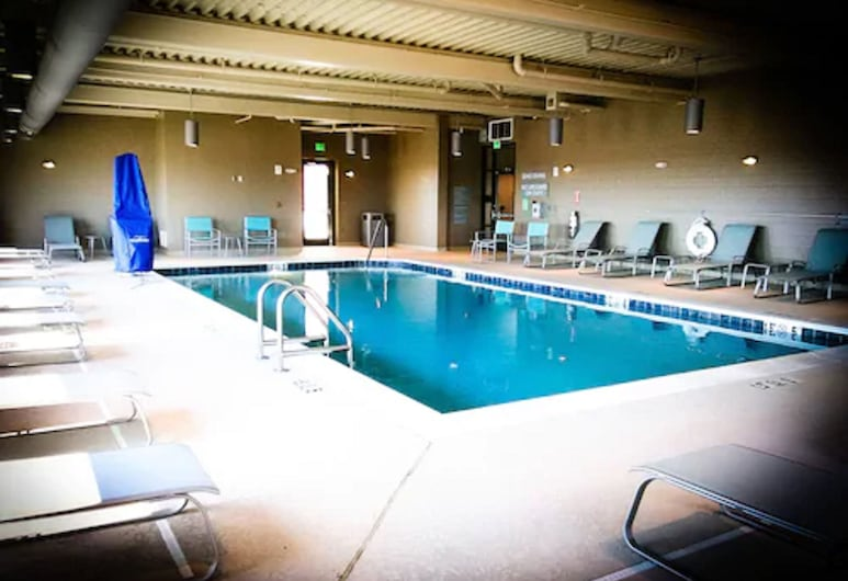 TownePlace Suites by Marriott Foley at OWA, Foley, Indoor Pool