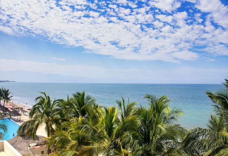 Stay On The Beach, Not At The Beach! 2 Bikes & 2 Massages Included!, Nuevo Vallarta, Beach