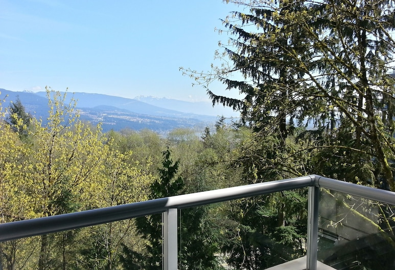Great View! Entire Condo. Modern, Quiet, Bright 2BD With gym @ SFU, برنابي, شُرفة