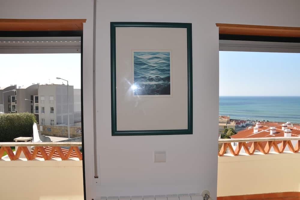 Ericeira Beach Place - Free Wifi - 500m from the beaches