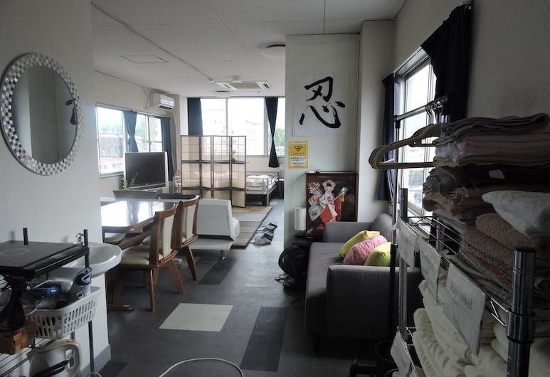 เกียวโต เกสท์ เฮาส์ นินจา - โฮสเทล, Kyoto, ห้องแฟมิลี่, หลายเตียง, ห้องน้ำส่วนตัว (Private), ห้องพัก