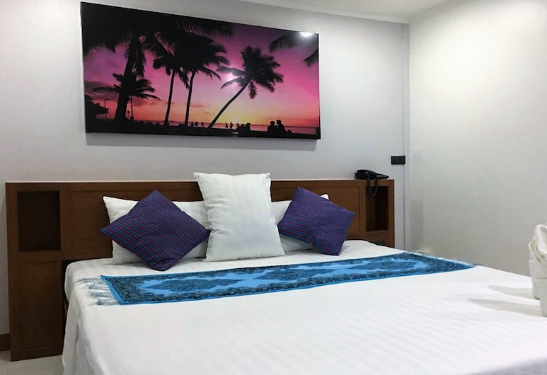 Galaxy Suites, Pattaya, Standard Double Room, Guest Room