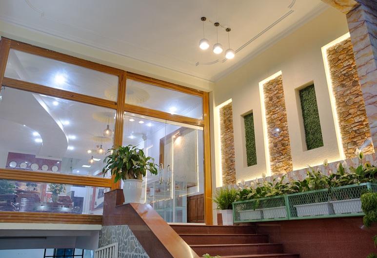 Vien Dong Hotel, Da Nang, Interior Entrance