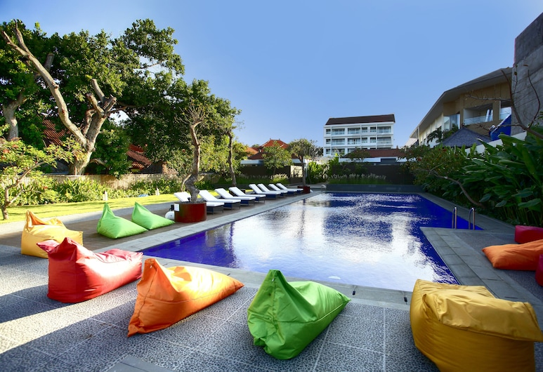 Benoa Sea Suites and Villas by Premier Hospitality Asia, Nusa Dua, בריכה