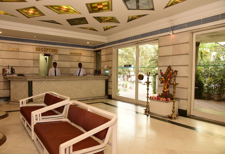 Hotel Atithi, Mumbai, Rezeption