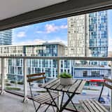City Condo, Multiple Beds, City View, Lakeside - Balcony