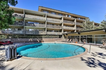 Picture of Palo Alto Place #208 - 1 Br apts by RedAwning in Palo Alto