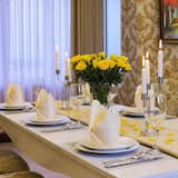 Royal Suite - In-Room Dining