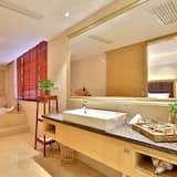 Signature Room - Bathroom
