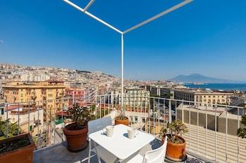 A(z) Apartment Rampe di S. Antonio - BH 58 hotel fényképe itt: Nápoly