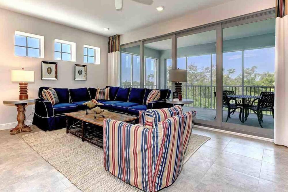 Byt, 3 spálne, balkón (Marina Walk 396 unit 102) - Obývacie priestory