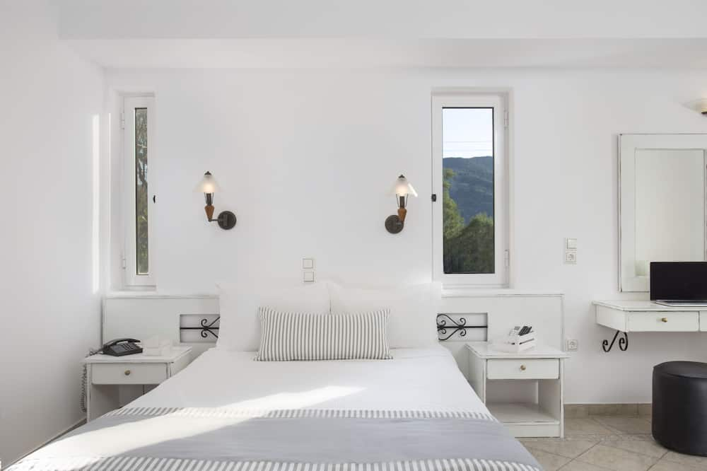 Suite-Estúdio Júnior, Pátio, Vista Mar Parcial - Casa de banho