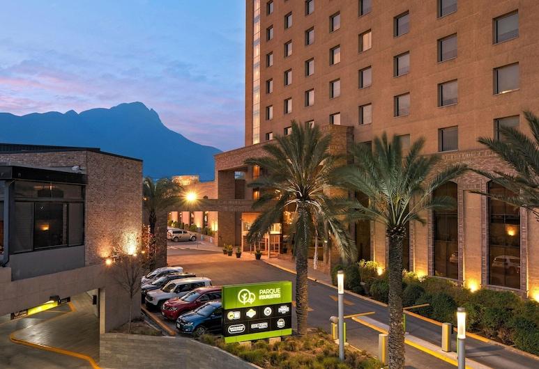 Four Points by Sheraton Galerias Monterrey, מונטריי, חדר אקזקיוטיב, 2 מיטות קווין, ללא עישון, חדר אורחים