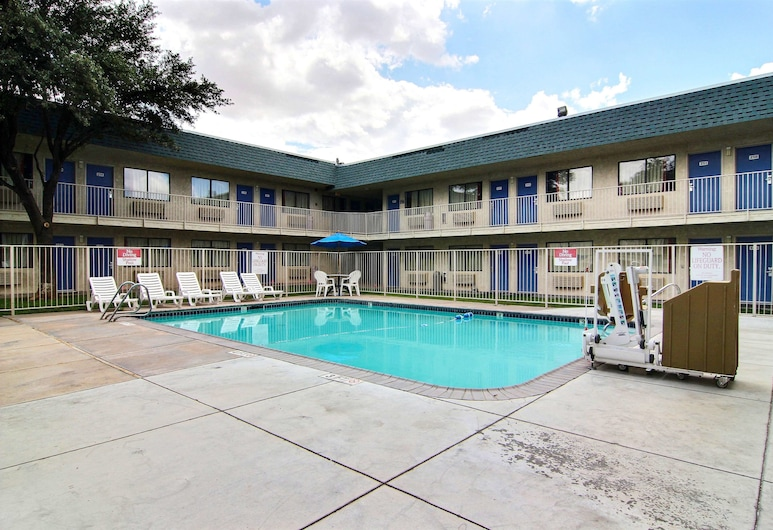 Motel 6 Fort Stockton, TX, Fort Stockton, Alberca al aire libre