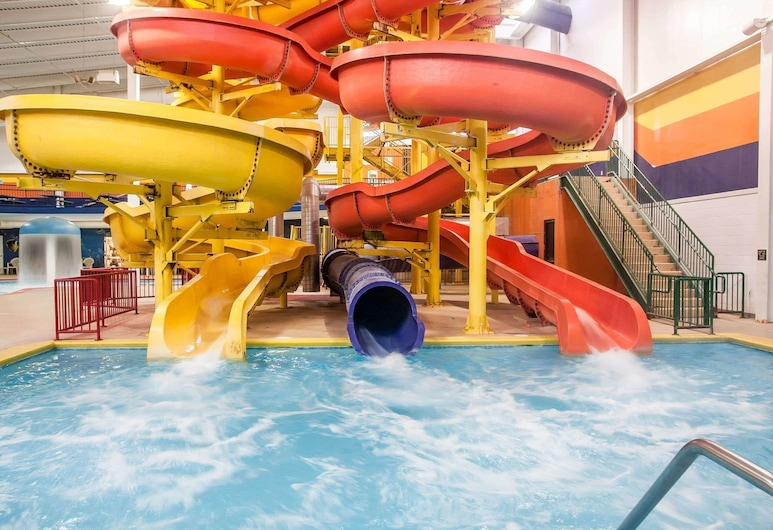 Sleep Inn & Suites Conference Center and Water Park, Minot, Baseinas