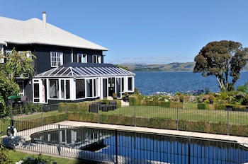 Foto van Black Swan Lakeside Boutique Hotel in Rotorua