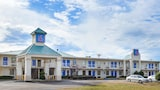 Reserve this hotel in Bells, Tennessee