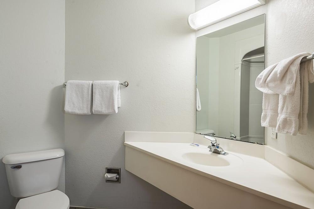 Quarto Standard, 2 camas de casal, Fumadores - Casa de banho