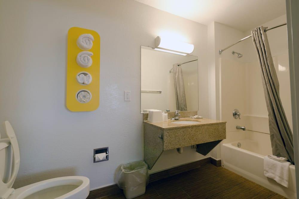 Pokój standardowy, 2 łóżka podwójne, dla niepalących - Udogodnienia kąpielowe