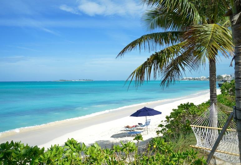 Sandyport Beach Resort, Nassau, Beach