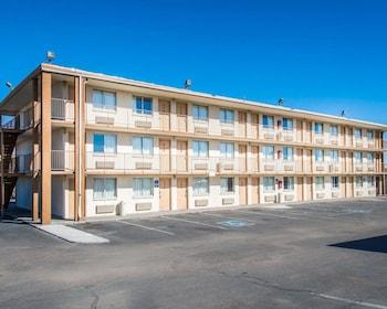 Picture of Rodeway Inn Pueblo CO in Pueblo