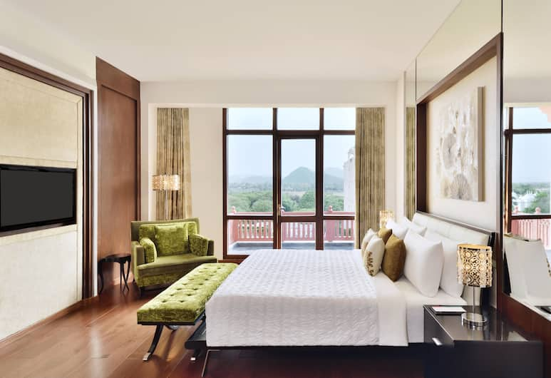 Le Méridien Jaipur Resort & Spa, Amer, Deluxe Suite, Guest Room