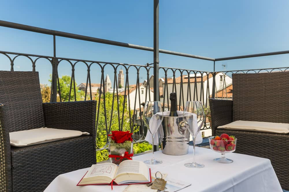 Suite Junior, terrasse, vue ville (Attic) - Terrasse/Patio