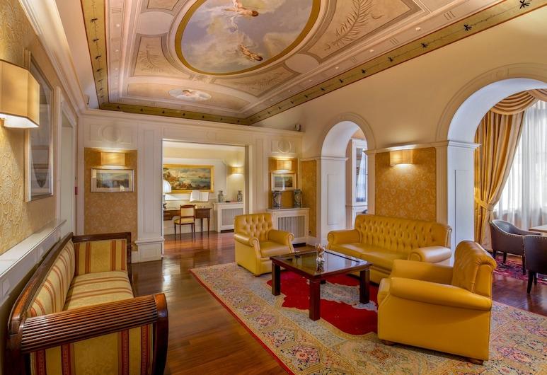 โรงแรมลาเรซิเดนซา, โรม