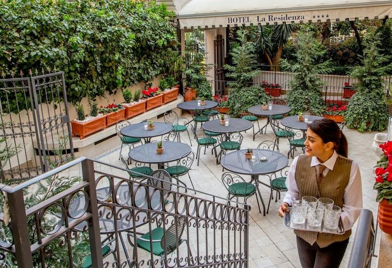 Hotel La Residenza, Roma, Terrasse/veranda