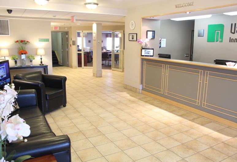 Vantage Inn and Suites, Fort McMurray, Sala de estar en el lobby