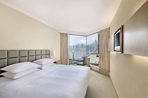 โรงแรมเดอะ