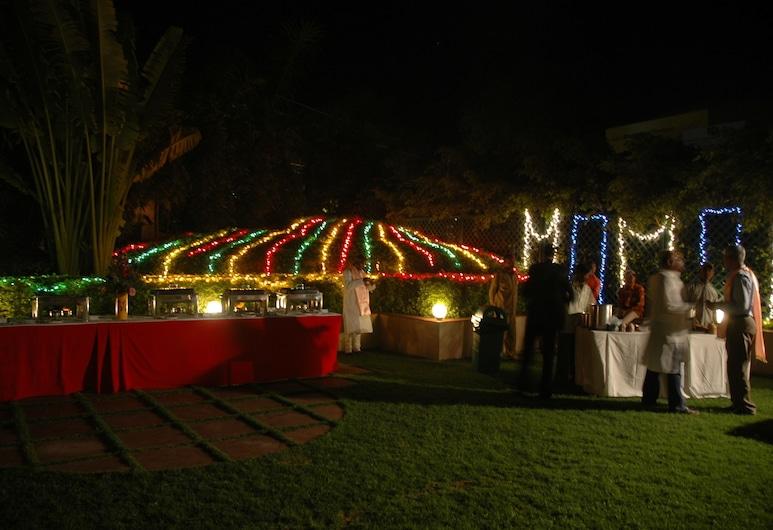 Radisson Hotel Varanasi, Varanasi, Kawasan Hartanah