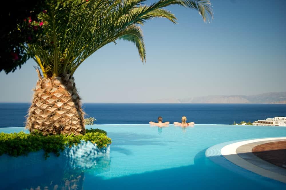 וילה, 3 חדרי שינה, בריכה פרטית, נוף לים (Private Spa Facilities) - מרפסת/פטיו