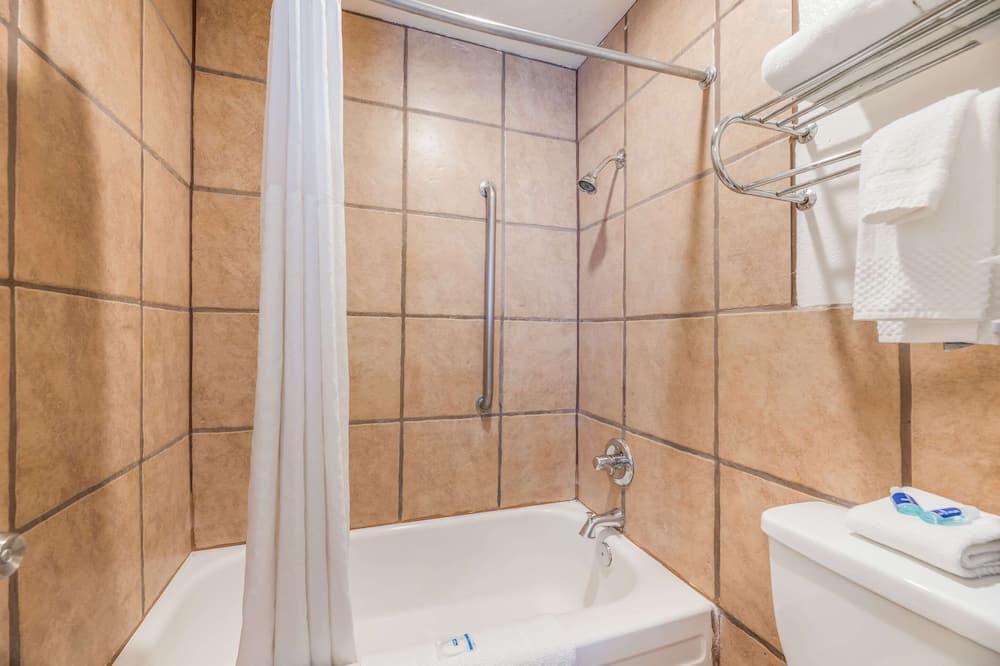 Huone, 1 parisänky, Tupakointi sallittu - Kylpyhuone