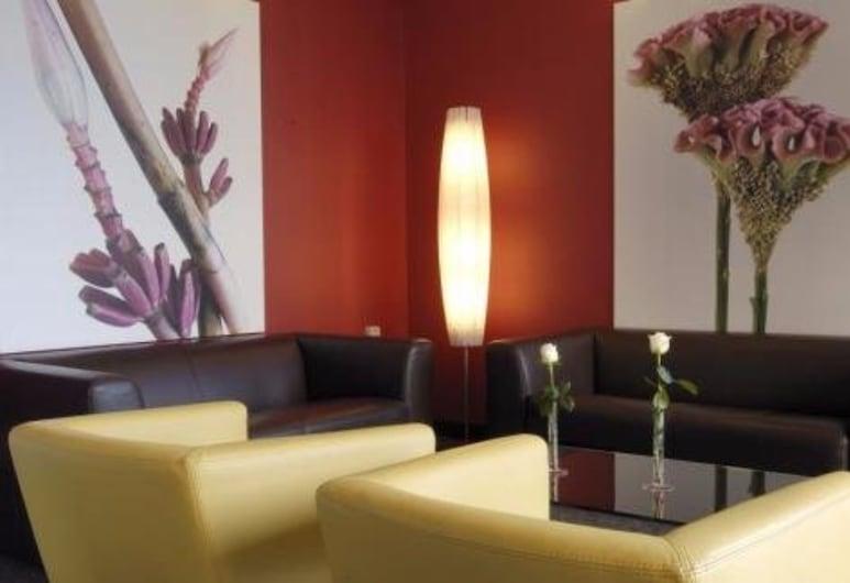 Hotel Executive, Forlì, Sala de estar en el lobby