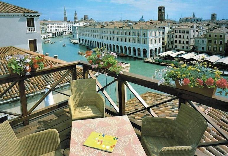 Hotel Foscari Palace, Venice, Terrace/Patio