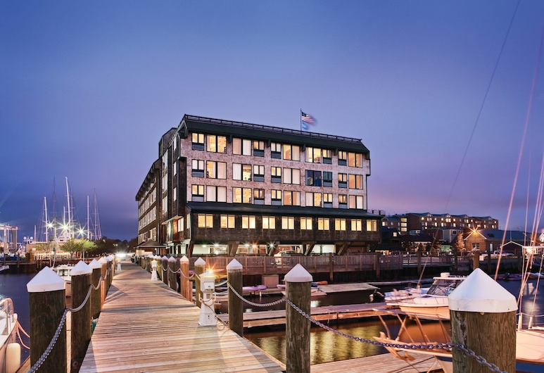 Club Wyndham Inn on Long Wharf, Newport
