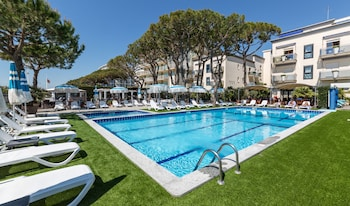 Picture of Hotel Excelsior in Jesolo