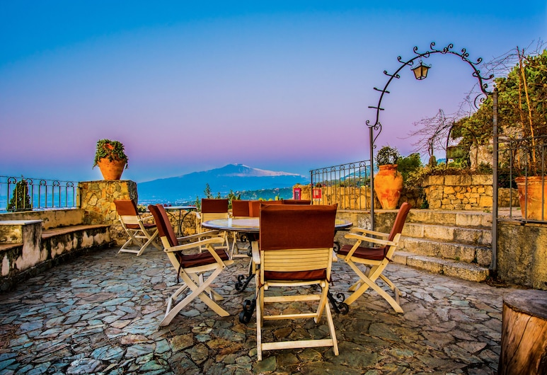 Hotel Bel Soggiorno, Taormina, Property Grounds