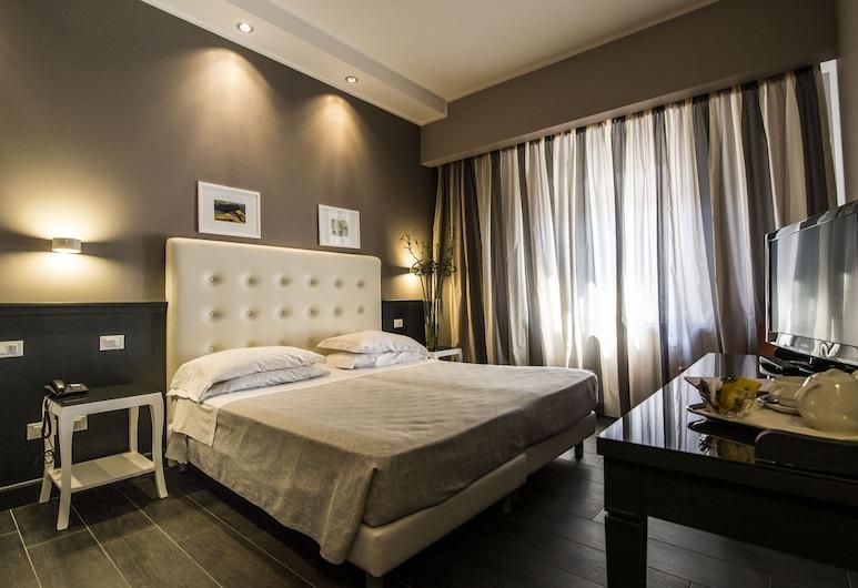 Hotel  Mediterraneo, Palermo, Superior Üç Kişilik Oda, Oda