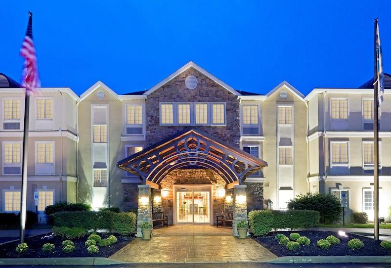 Staybridge Suites Cranbury, Cranbury, Välisilme